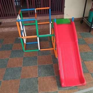 Combi playground / slide n climb