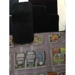 Free 2 mats ( children car map mat & mat) 😊 for non fussy 😂 with purchase of 2 black colour car mats