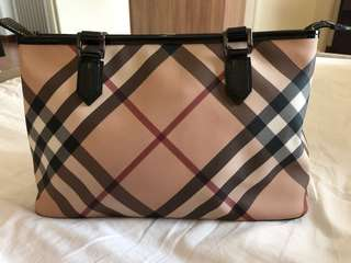 Burberry Nova Check zip Tote Bag