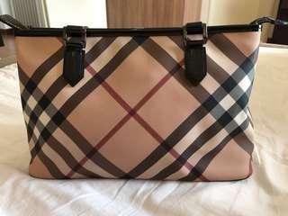 Burberry Nova Check zip Tote Bag