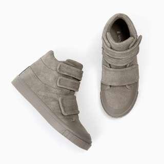 Block Grey Boy Hightop Sneakers $60