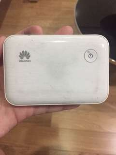 Huawei Pocket Wifi & Powerbank