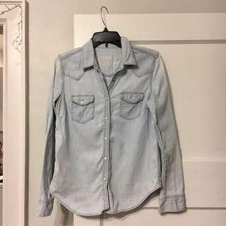 Gap Sz Small Chambray Shirt