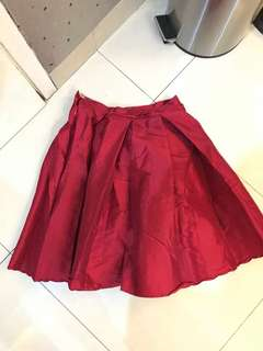 Red skirt size s