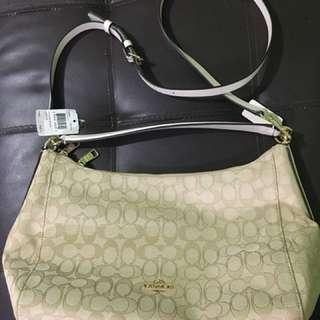 coach bag! original and no flaws