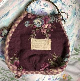 🚚 手工 日本拼布 鄉村風 鑰匙 鑰匙包 錢包 歐風 歐洲庭園風 貴族 鄉村風彩繪 老件