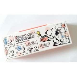 snoopy 史努比 粉紅色塑料收納盒 筆盒