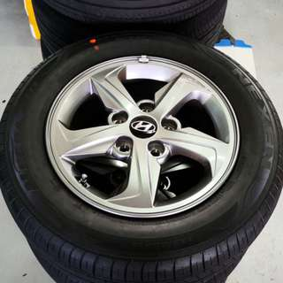 "Hyundai Elantra 15"" Stock Rim and Tyres (TRADE BACK FROM NEW CAR)"