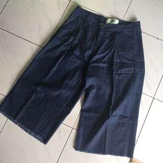 Midi dark denim pants