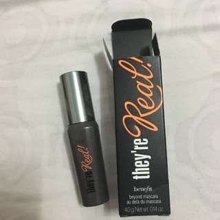 Benefit they're real mascara deluxe mini