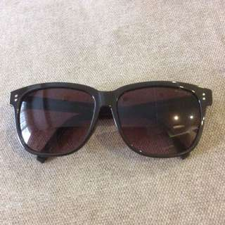 Tommy Hilfiger Sun Glass