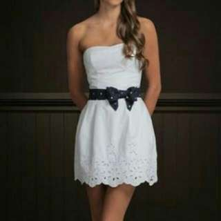 Abercrombie and Fitch A&F White Tube Dress 白色修腰連身裙/謝師宴裙/姊妹裙