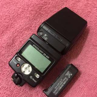 Nikon SB-800 flash