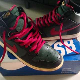 Nike RESN Dunk High Premium SB