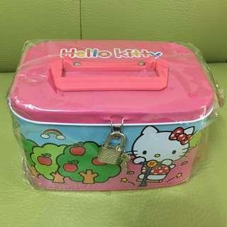 全新Hello Kitty手提附鎖存錢筒