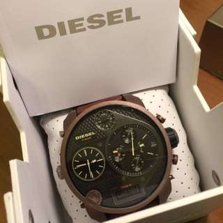 👑大降價全新!DIESEL DZ7246男錶