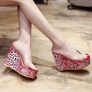 Plastic Strap with Printed Wedge Sandals