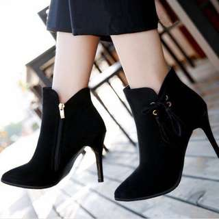 Stilleto Gamuza Boots