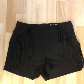 Sued Tassle black shorts