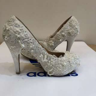JIASLAWHUA 蕾絲珍珠高跟鞋