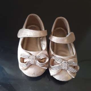 Sepatu Pesta Baby Girl size 21
