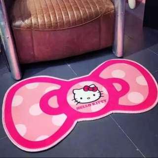 Hello Kitty Ribbon Mat