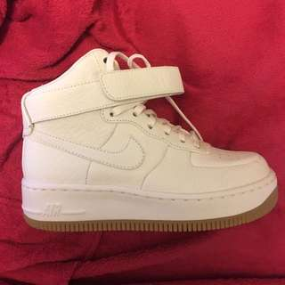 Pinnacle Air Force 1 high