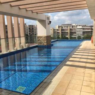 Cosy large 1BR condo near Kovan MRT for rent