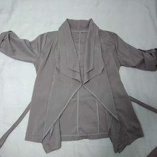🚚 藕紫拷克邊飄逸感綁帶罩衫 襯衫