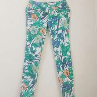 zara flower pants
