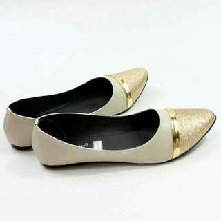 Sepatu wanita simple casual polos flat runcing