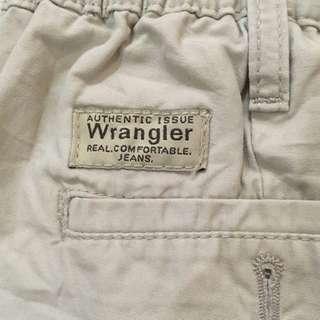 Wrangler 🧔🏻👱🏻♂️👨🏼