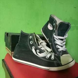 Sepatu/shoes Converse Original