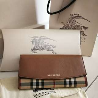 BURBERRY HORSEFERRY CHECKPORTER Long Wallet (Authentic)