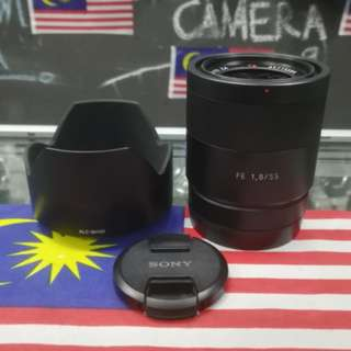 USED SONY FE 55MM F1.8 CARL ZEISS PRIME LENS.