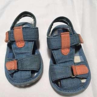 Sandal bayi Mothercare