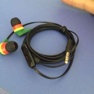 Skullcandy good quality earphones headphones