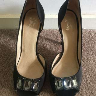 WITTNER black leather satin diamonte heels