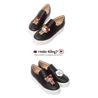 【台灣代購】HELLO KITTY X Ann'S 棕色熊熊可隨意交換刺繡厚底懶人鞋(黑)