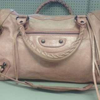 (二手品) 最後劈價 $2000 真品 Balenciaga city 銀釘 pink 手袋 可放A4 上膊手挽 2WAYS 返學 返工袋
