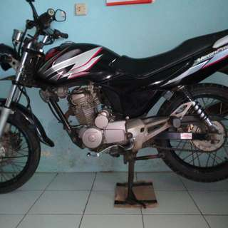 Sepeda motor honda mega pro  tahun 2006,