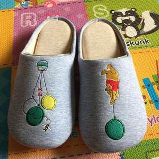 Disney維尼拖鞋