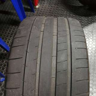 Michelin Pilot Super Sport 236/35/ZR19 (91Y)