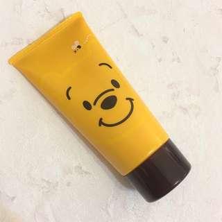 🚚 【美妝】日本東京迪士尼樂園海洋購入 DISNEY 小熊維尼 蜂蜜 護手霜