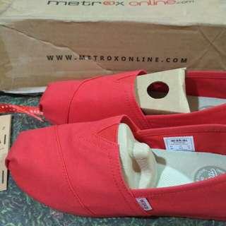 Sepatu Wakai Merah Ori sz 40