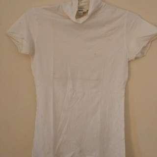 Kaos Putih MANGO