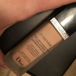 Dior foundation used 4 times shade 33