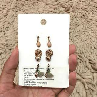 Anting earings HNM Branded