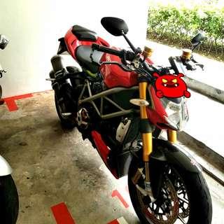 Ducati Streetfighter S Model 1098