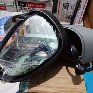 For sale sidemirror ford fiesta avail LH and RH orig genuine parts